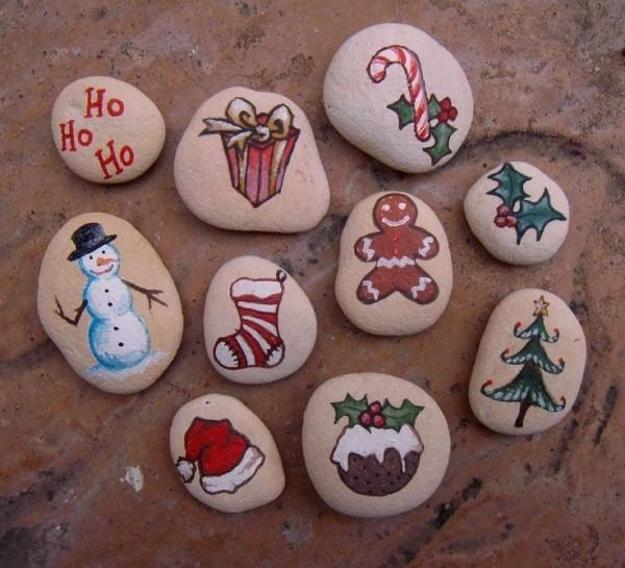 Christmas Rock Painting Designs.Winter Rock Painting Ideas Budget Friendly Christmas Gifts