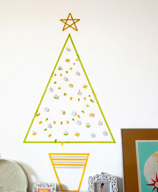 Last Minute Wall Christmas Tree Designs Offering Space Saving Ideas