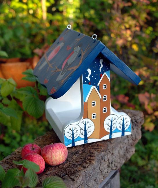 painted wood feeder