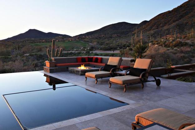 Negative edge swimming pools offering impressive designs - Invisible edge pool ...