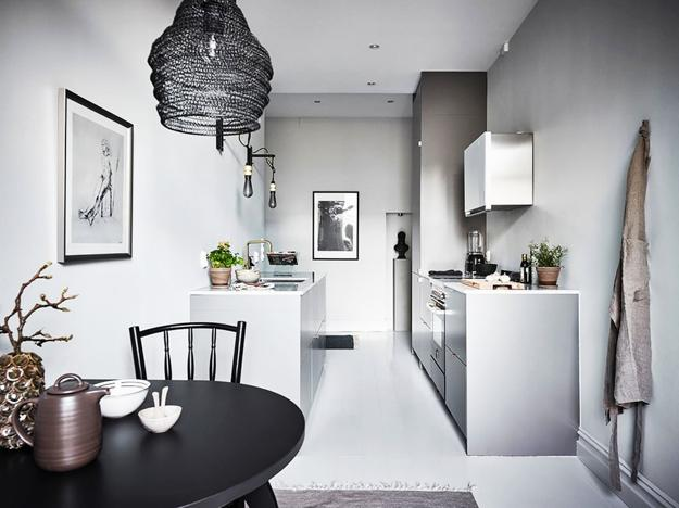 Modern Kitchens In Black N White