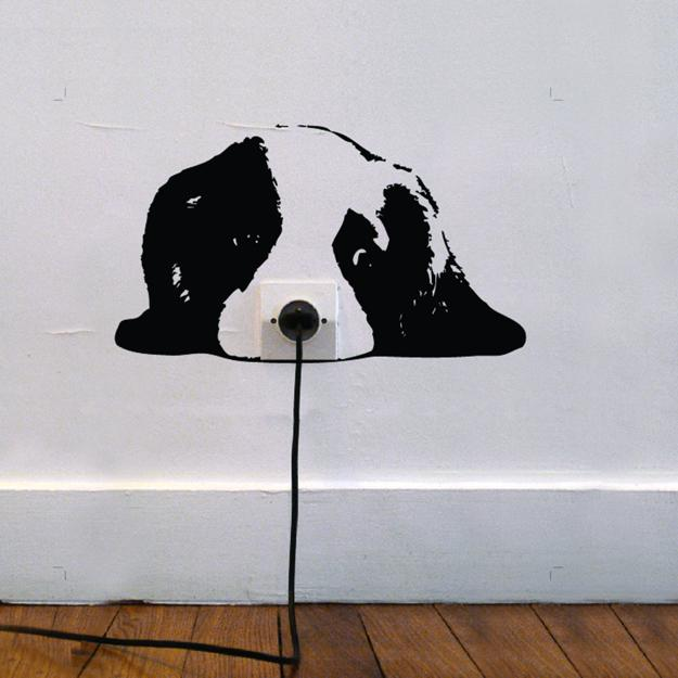 Black And White Wall Accent Dog Socket Decoration