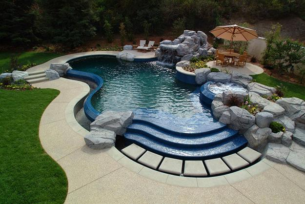 30 Outdoor Swimming Pools Spectacular Water Features