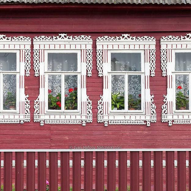 Fabulous Carved Wood Window Decorations Traditional Russian House Designs