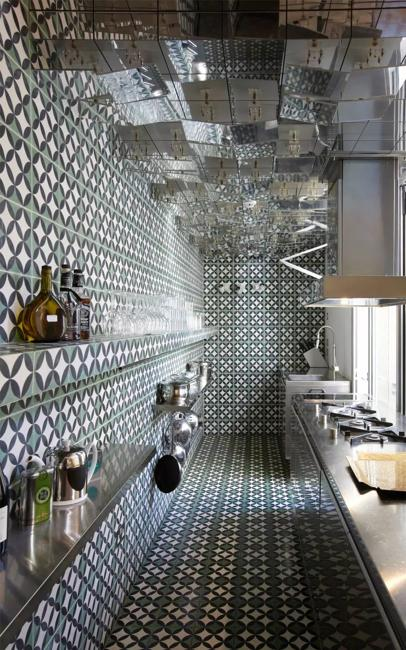 Spectacular Black And White Kitchen Design Complex Decoration Patterns Contemporary Stainless Steel Liances Geometric Tiles