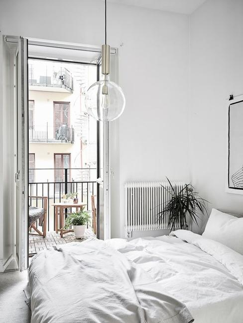 white bedroom decorating