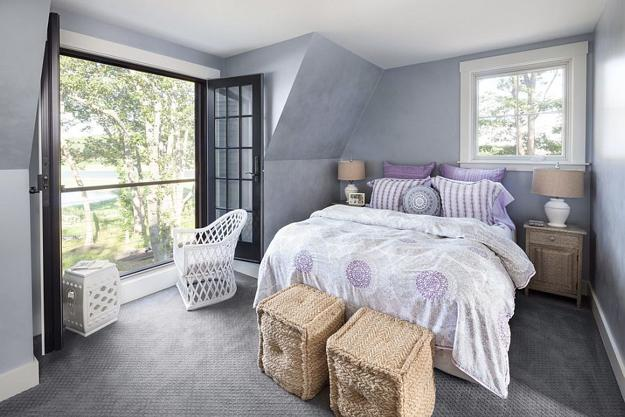 Beautiful Bedroom Design With Balcony Entrance