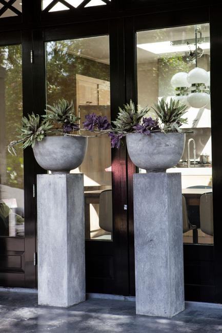Diy Concrete Planters Ideas For Outdoor Home Decorating