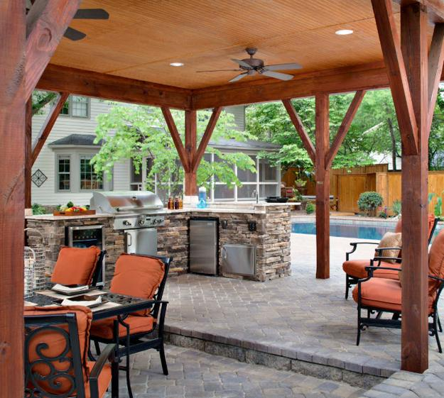 25 Of The Most Gorgeous Outdoor Kitchens: Modern Outdoor Kitchen Designs With Beautiful Dining Areas