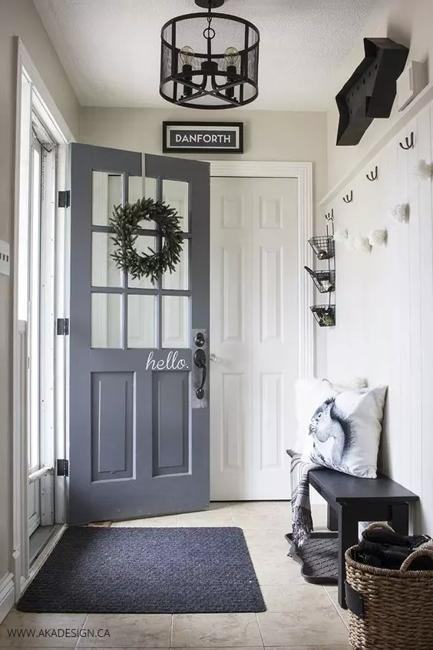 Mudroom Design In French Country Home Style