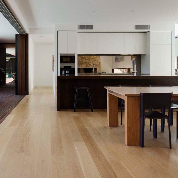 Wood Flooring Trends 2019: Modern Kitchen Trends 2019 Bringing Two Tone Wood Cabinets