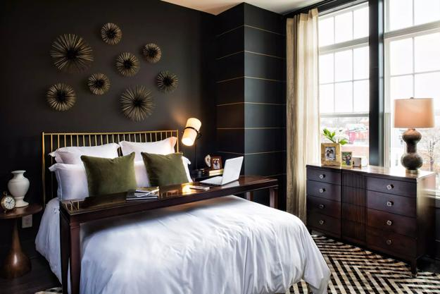 Bedroom Decorating with Black Wallpaper, 2 Modern Wall ...
