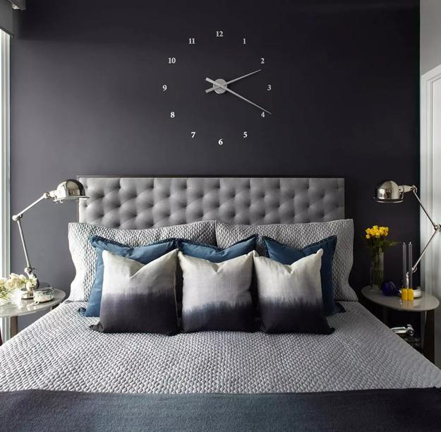 Bedroom Decorating With Black Wallpaper, 2 Modern Wall Decoration Ideas