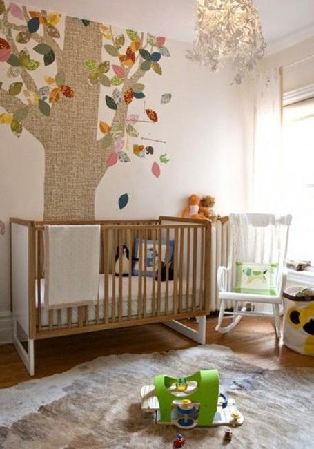 wall decorating in baby room