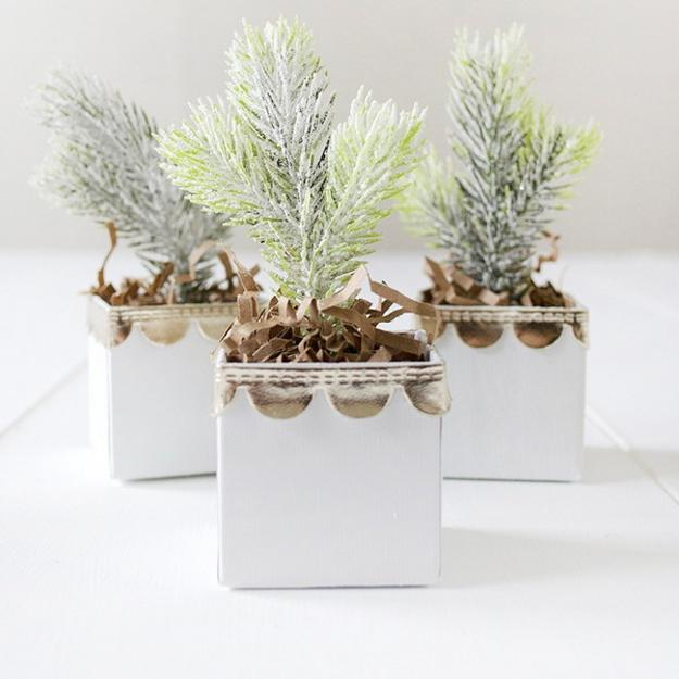 Lovely Individual Centerpiece Ideas For Decorating Winter