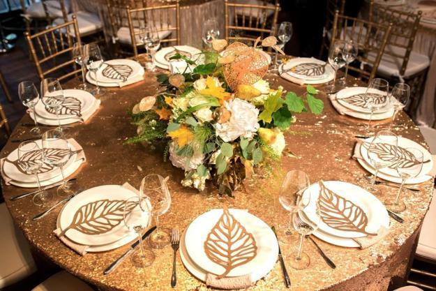 Резултат со слика за photos of fall table decoratiosn