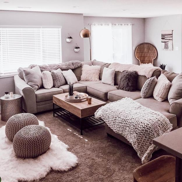 Winter Living Room Decorating: Modern Ideas For Cozy Winter Decorating, Home Staging Tips