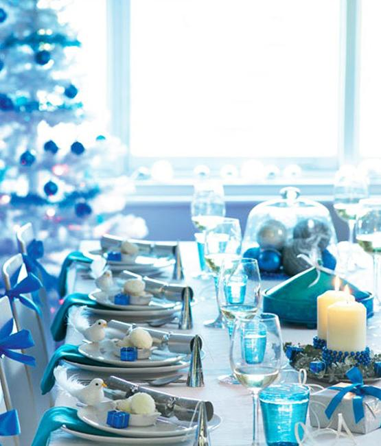 Blue and White Christmas Colors, Elegant Cool Color ...