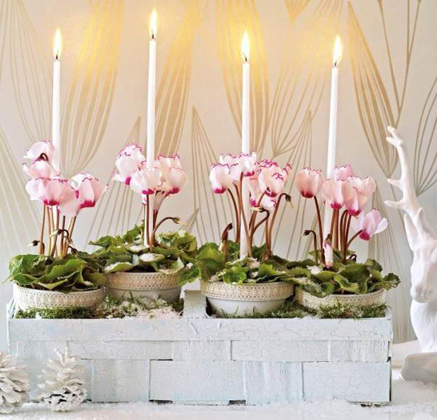 Versatile Pink And White Christmas Decorating Accents