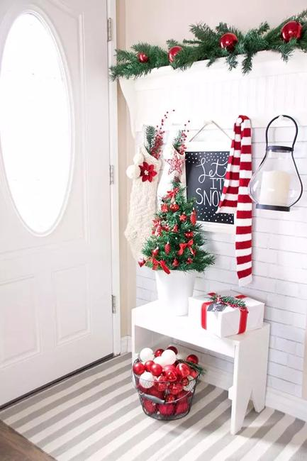 Small Christmas Trees Money And Space Saving Ideas For