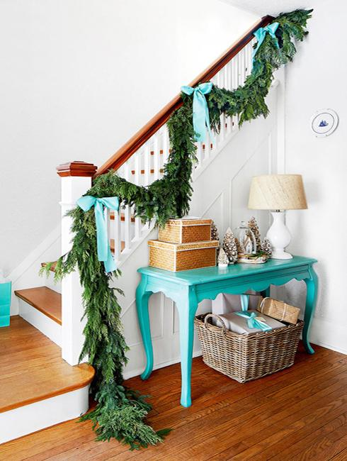 staircase decoration for winter holidays
