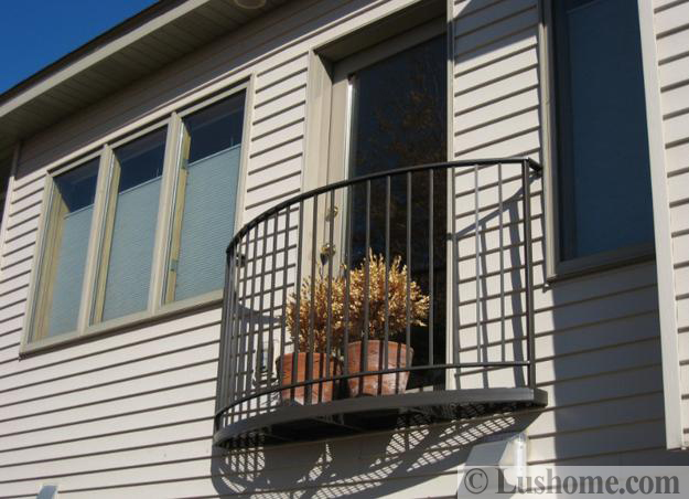 French Balcony Designs Ideas For Decorating House