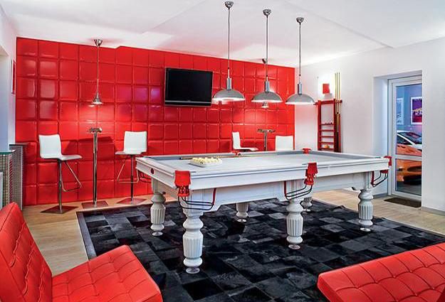 red colors for game room design