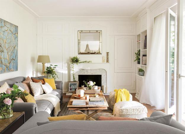 Bright Spanish Home Interiors, Sunny Accents and Light ...