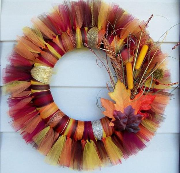 Home Design Ideas 2019: Creative Fall Craft Ideas For Door Wreaths Personalizing