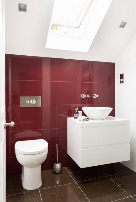 small bathroom design colorful accents