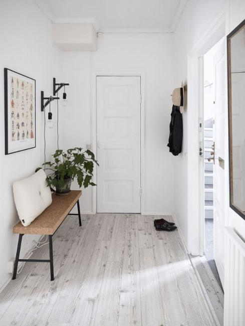 9 Incredible Interior Design Ideas For Small Living Room: 11 Home Staging Tips And Stylish Entryway Ideas For Small