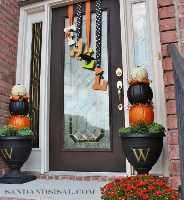 Exterior Front Door Fall Decorations: Halloween Ideas And Tips For Exciting Front Door And Yard