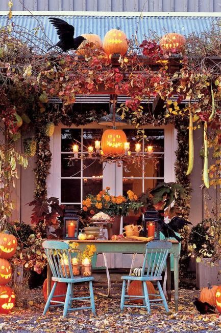 Creative Family-Friendly Halloween Ideas, Themed Yard