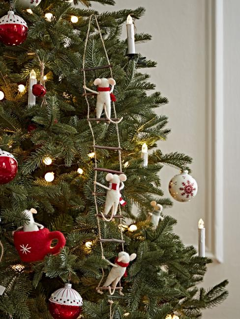 ladder with mice on christmas tree