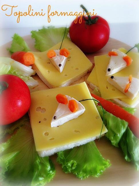 mouse shaped food decoration idea