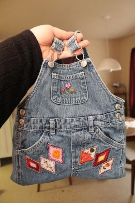 Diy Denim Home Decorations And Fashion Accessories  Recycling Old Jeans To Save Money