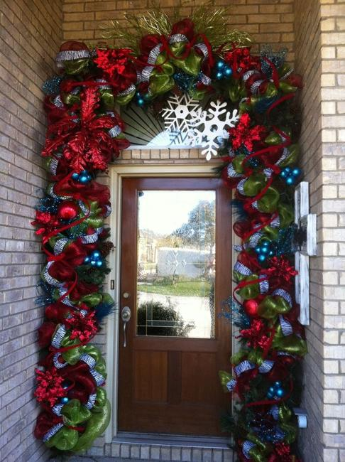 Outdoor Christmas Decorating With Green Garlands And