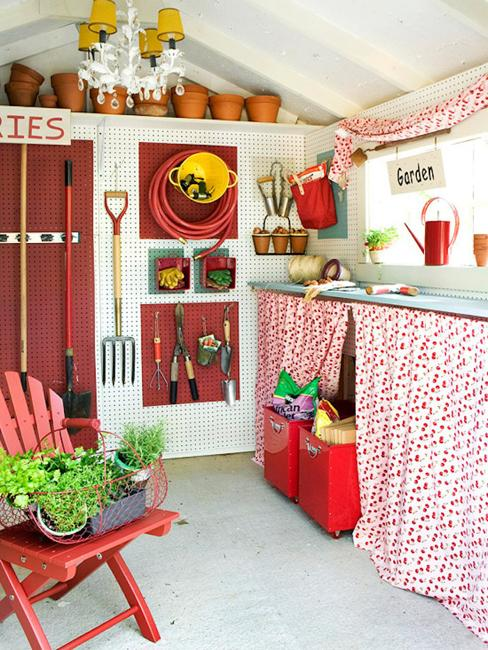 45 Space Saving Ideas For Organizing Your Garden Shed