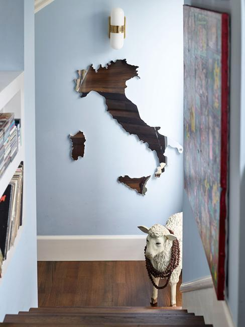 italy map wall decoration
