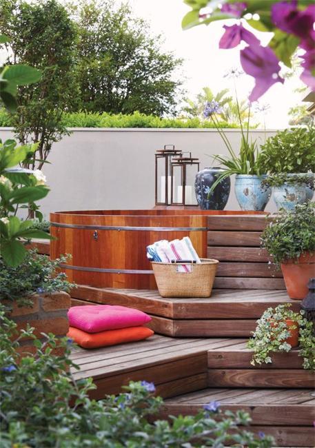 decks hot tub