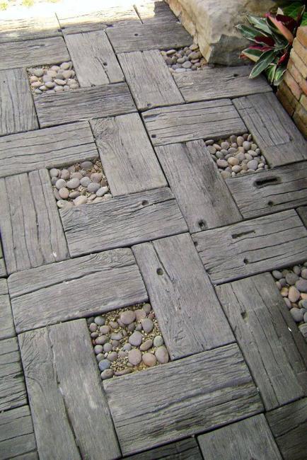 wood pebbles