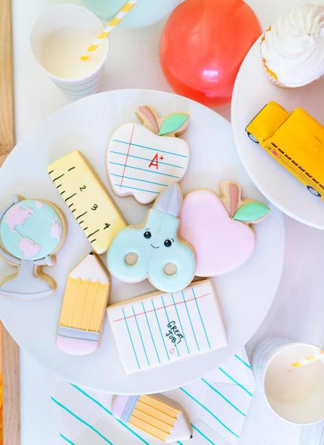 summer party cookies